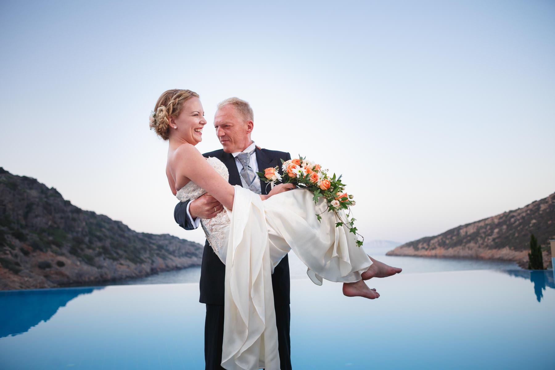 wedding Daios Cove b