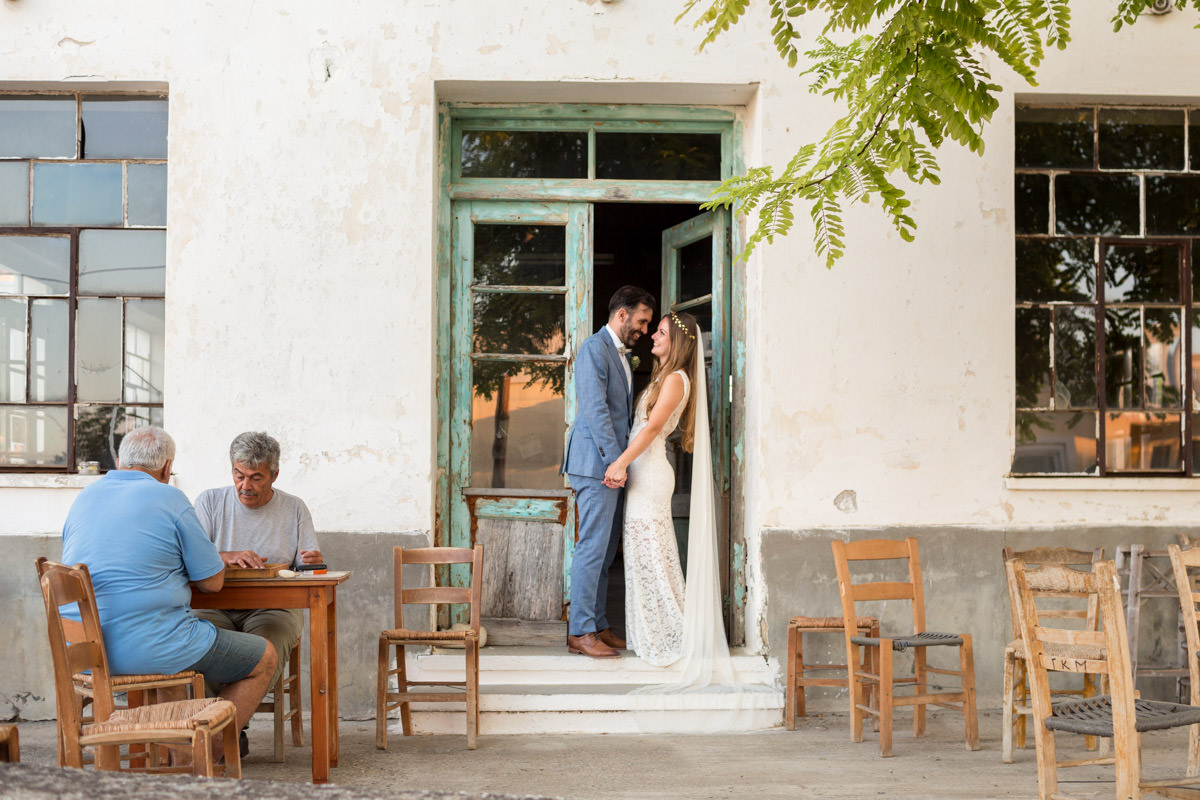 wedding photography in traditional cafeneion in Crete