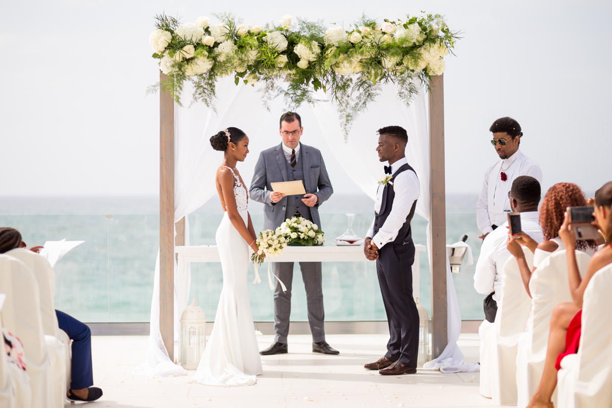 wedding ceremony at Grecotel white palace