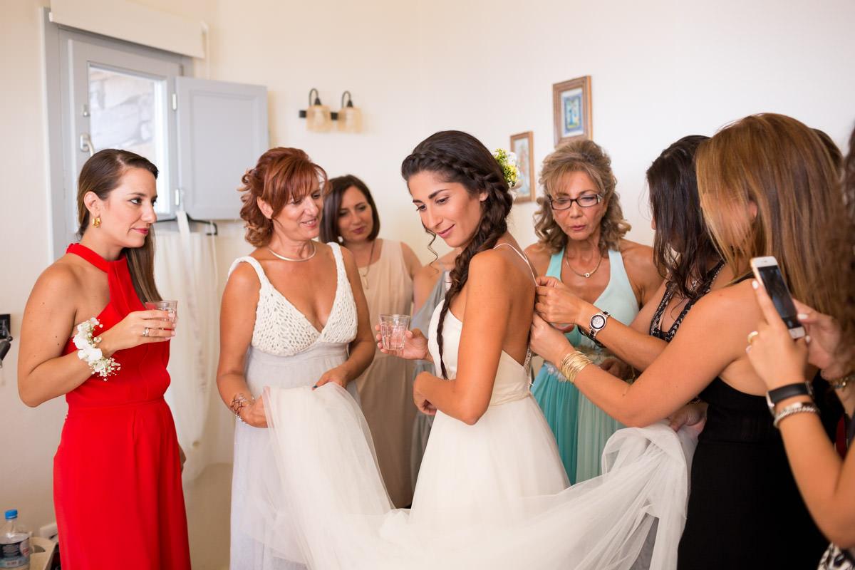bride is getting ready in Greece