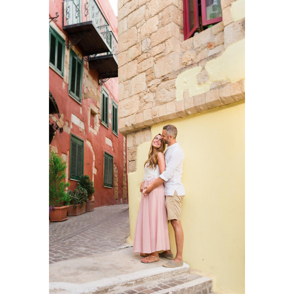 couple photo-shoot in old town of Chania