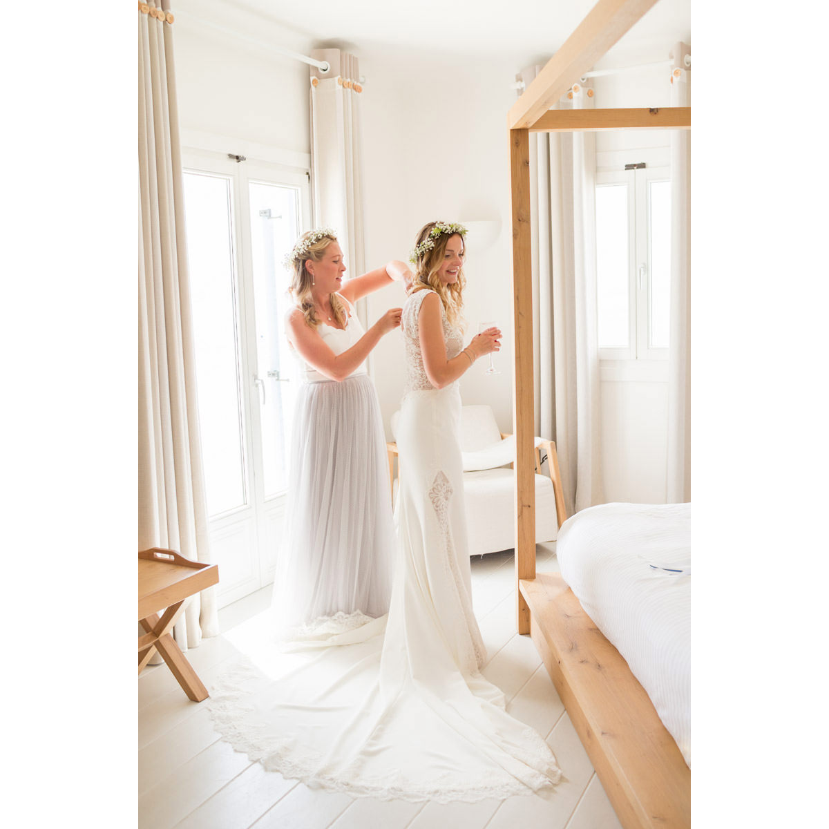 bride is getting ready in Mykonos hotel